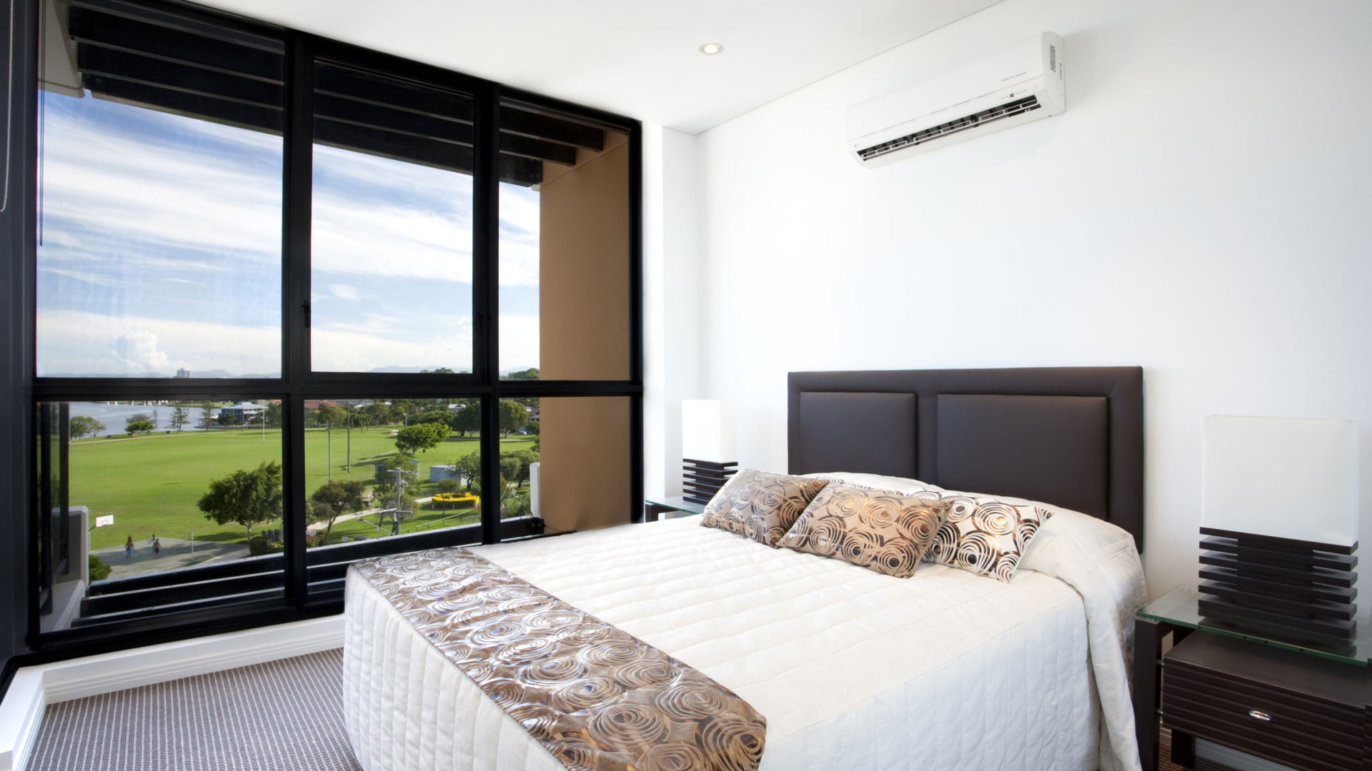 Picture of AC in a bedroom